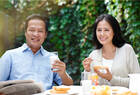 和妻离婚当天,她父母竟订了10桌酒席庆祝