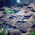 """中国最后一个原始部落,坐落中缅边境,一言不合就""""摸你黑""""!"""