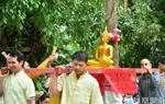 勐景来傣族春节之行:僧侣与111户村民的祈福仪式