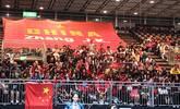 张继科迷妹疯狂助威 巨型球衣占200座位