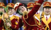 冬奥会结束前,朝鲜啦啦队在韩表演