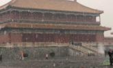 故宫游人雪中赏景