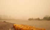大风沙尘席卷下的兰州