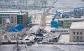 朝鲜四月下鹅毛大雪