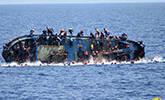 载数百人难民船倾覆全程