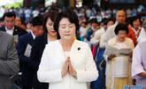 韩国第一夫人现身寺庙