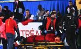 世锦赛韩天宇摔倒受伤 被担架抬出赛场