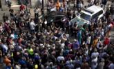 西班牙加泰罗尼亚高官被捕 民众拦警车抗议