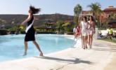 世界小姐比赛选手意外落水瞬间|组图