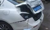 玛莎拉蒂被撞 车主庆幸未开劳斯莱斯