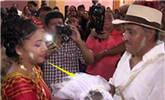 墨西哥市长结婚,新娘居然是鳄鱼