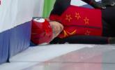 世锦赛韩天宇摔倒 被担架抬出赛场