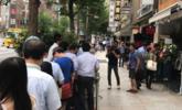 兰州拉面在日本东京开幕首日 大排长龙|组图