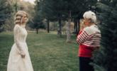 新娘穿奶奶55年前婚纱出嫁丨现场图