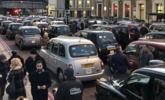 伦敦出租车抗议网约车 致交通瘫痪