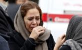 载66人客机伊朗坠毁 遇难乘客亲属痛哭