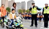 亳州:模拟交通课 萌娃学交规