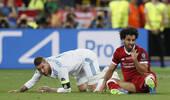 噩耗!萨拉赫被曝无缘世界杯 他受伤致利物浦崩盘
