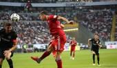 德国超级杯-莱万上演帽子戏法 拜仁5-0复仇法兰克福