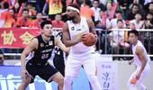 哈德森33+7郭艾伦下半场19分 辽篮险胜深圳获3连胜