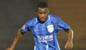 在中國足壇沒有背景就別踢球?我國都有哪些背景顯赫的現役球員?