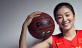 篮坛五大美女,女篮赵爽上榜,第一被誉为西班牙国宝级绝色!