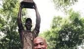 马布里退役仪式没邀请北京首钢 那尊铜像多么孤独