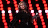 韩女歌手冬奥闭幕式表演惹争议 网友曝其吓哭小孩