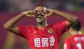 热议阿兰禁赛:太轻了 中国足球一如既往一地鸡毛