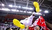 4-0横扫!23年7进总决赛终圆梦 辽宁获CBA队史首冠