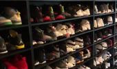 奢华!卡罗尔展示被自己遗忘的鞋房