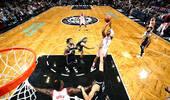NBA-火箭结束4连败 保罗32+11+7