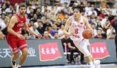 李楠:小丁膝盖被顶但能恢复 菲律宾来回改名单影响对手