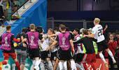 德国绝杀勒夫疯狂庆祝:我们用意志力展现足球魅力