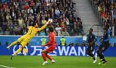 万达时刻|乌姆蒂蒂头球破门 法国1-0杀入决赛
