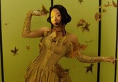辣目洋子展现魅惑的东方魅力