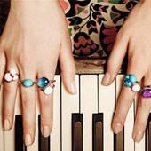 跳跃在指尖的彩色音符 这样的戒指你有了吗?