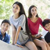 """大学生恋爱开销大 专家呼吁父母提供""""经费"""""""