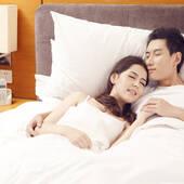 哪种睡姿让夫妻更亲密?