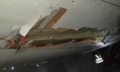 起飞时撞墙 印客机破洞飞4小时