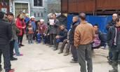 村民在脱贫迎检中哭穷后 公开作检讨