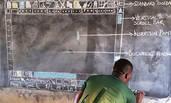 加纳老师黑板手绘教电脑 感动各界伸出援手