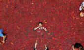 这是一场在湖南举办的吃辣椒比赛