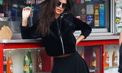 当红超模Emily Ratajkowski 街头拍广告性感自信