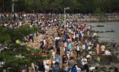 清明假期第一天的深圳湾