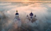 俄罗斯:迷雾中的教堂