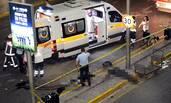 土耳其机场爆炸现场 近31死
