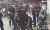 广州天河吸毒男劫持人质 警方成功解救