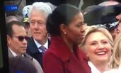 希拉里发现克林顿看美女之后