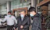 刘銮雄前往医院检查 未见爱妻甘比作陪